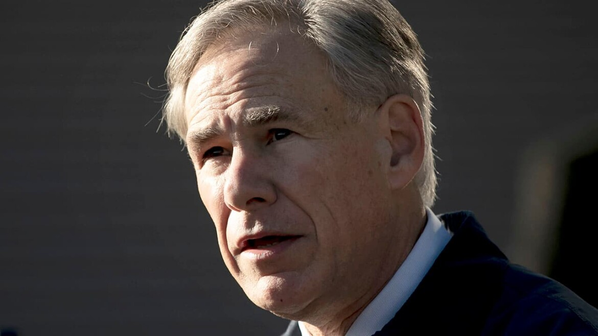 Texas Gov. Abbott sends letter to VP Harris demanding migrant facility shutdown