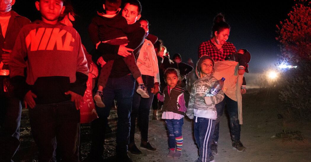 U.S. Shows Progress in Moving Migrant Children From Border Jails