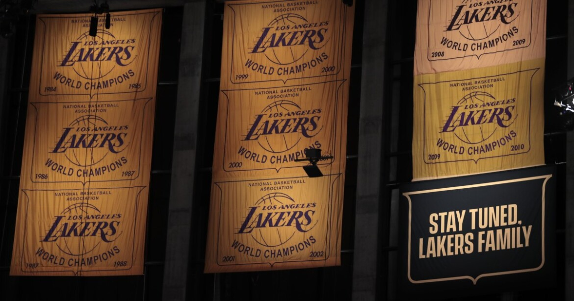 Lakers to raise 17th NBA championship banner on May 12