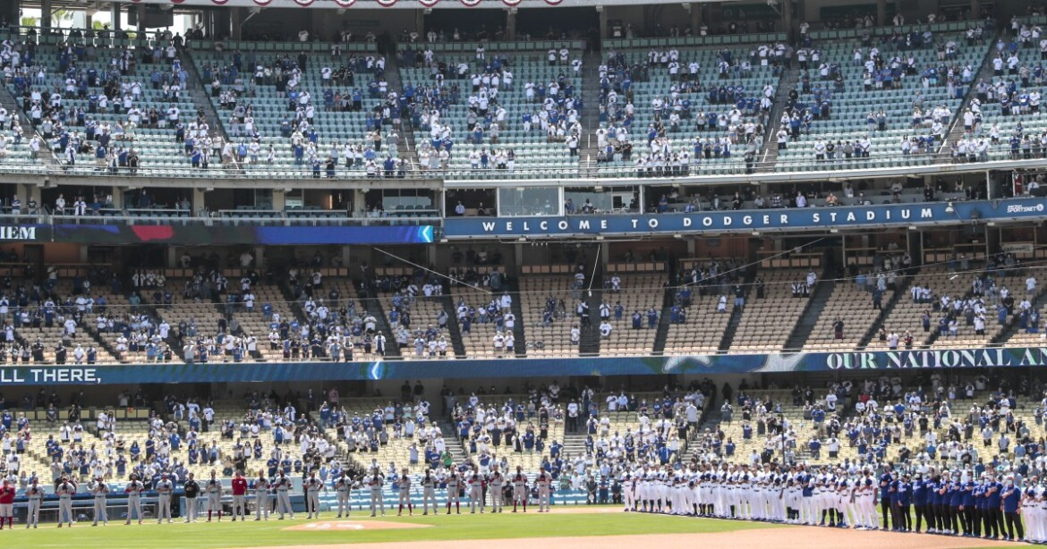 Dodgers double the size of their vaccination section