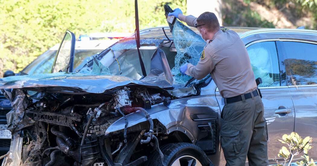 Tiger Woods Car Crash: What Do We Know