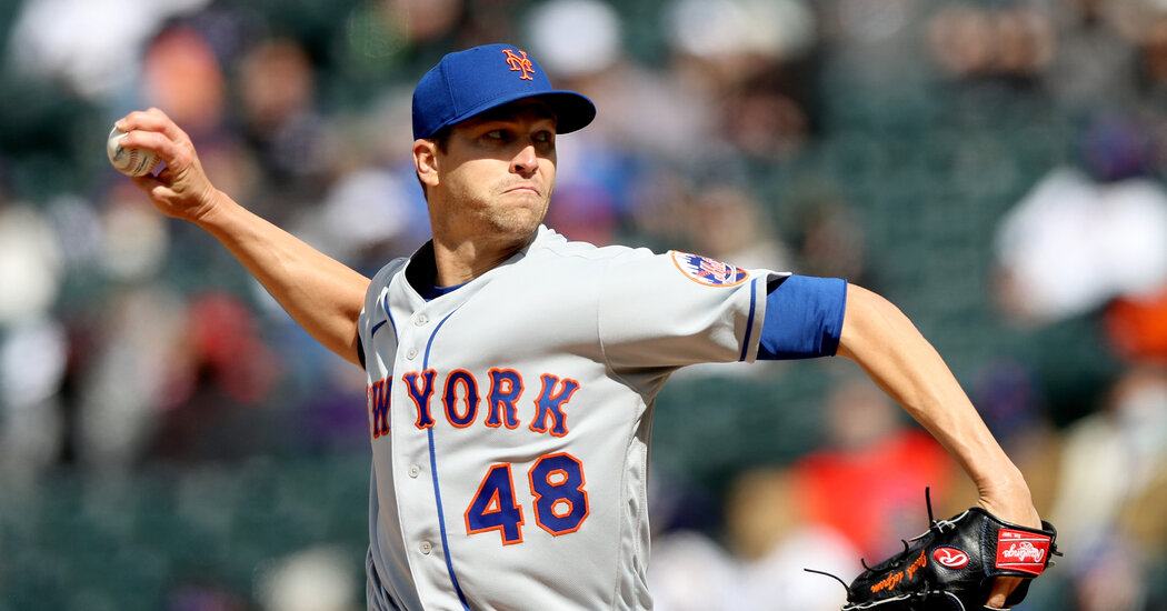 Jacob deGrom Fans Nine in a Row as Mets Beat Rockies