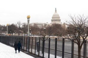 US Capitol security worked against one threat, but vulnerabilities remain against a crowd