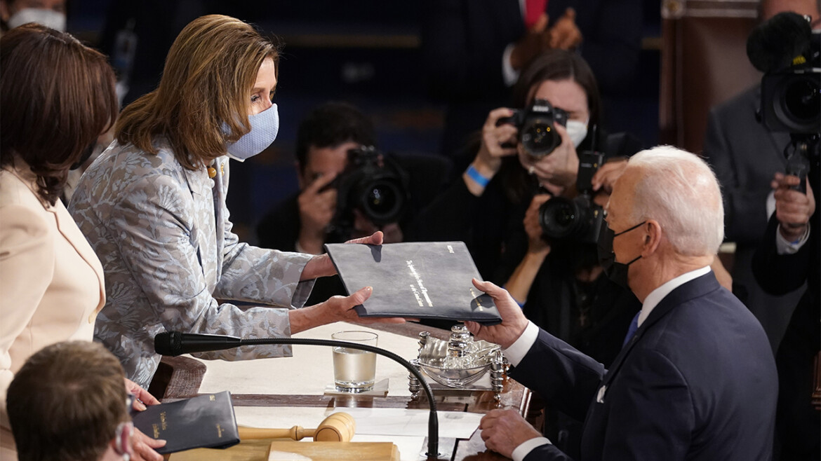 Vaccinated Nancy Pelosi wears a mask with inoculated colleagues, but not when she got a blow-out