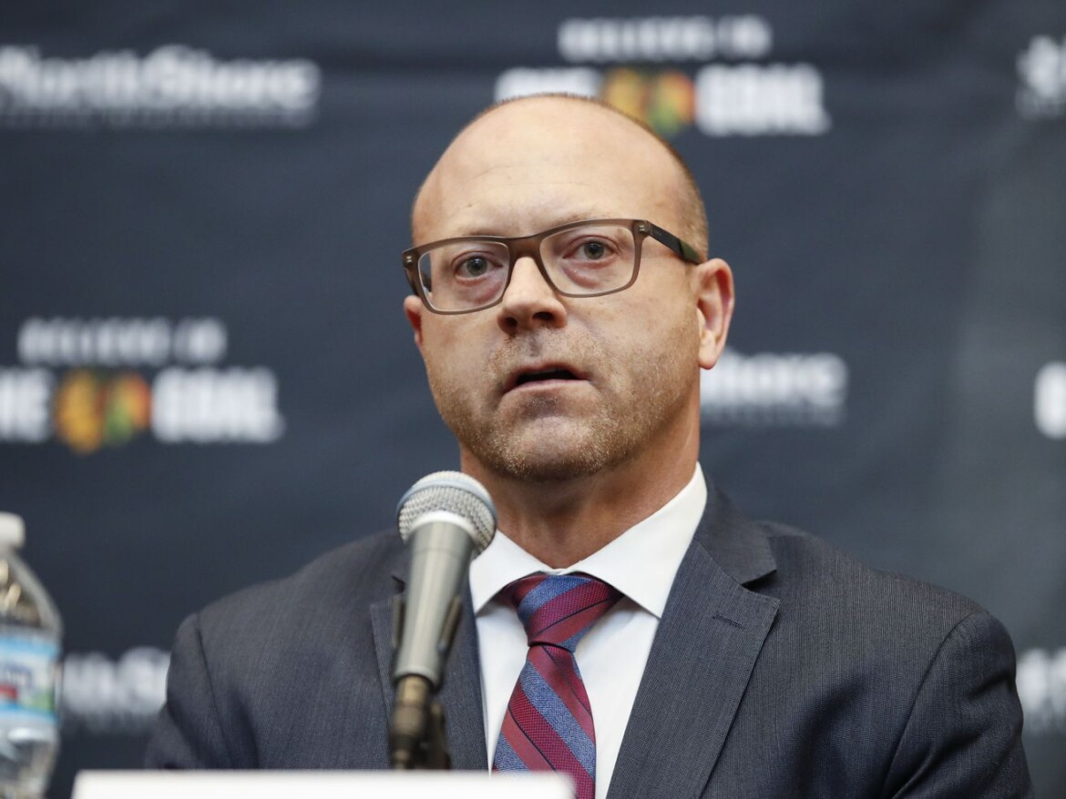 Blackhawks trade deadline preview: GM Stan Bowman has talked to 'nearly everybody' about trade options