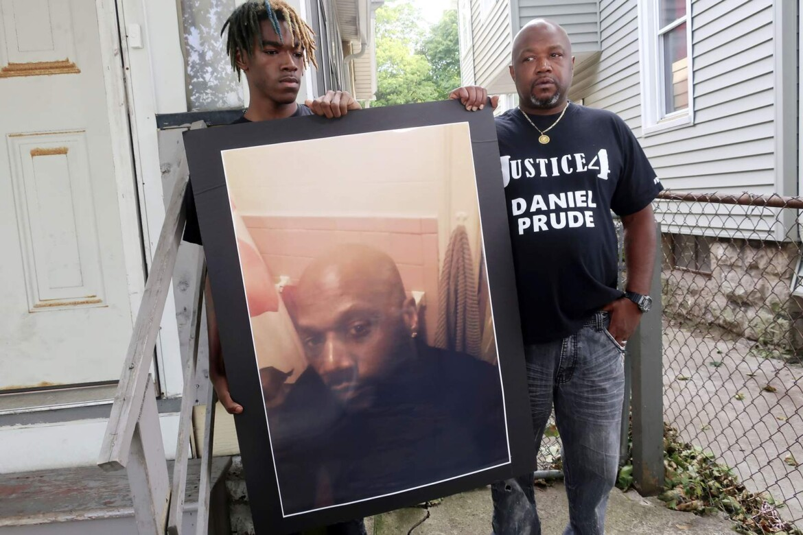 Grand jury in Prude death voted 15-5 to not indict 3 cops
