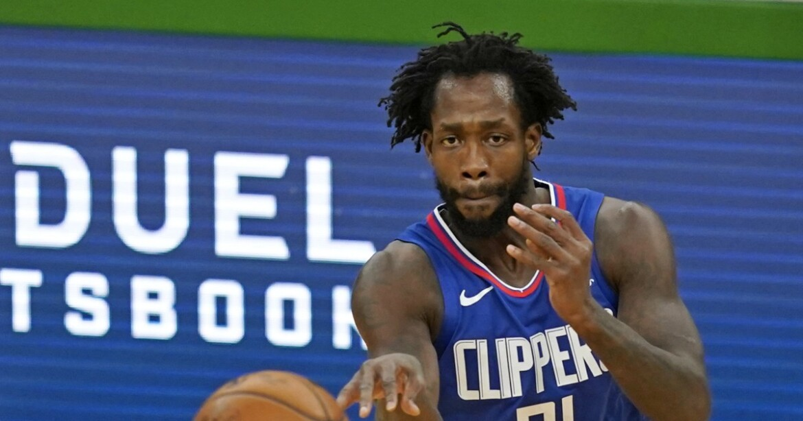 Clippers' Patrick Beverley out indefinitely after sustaining fracture in left hand