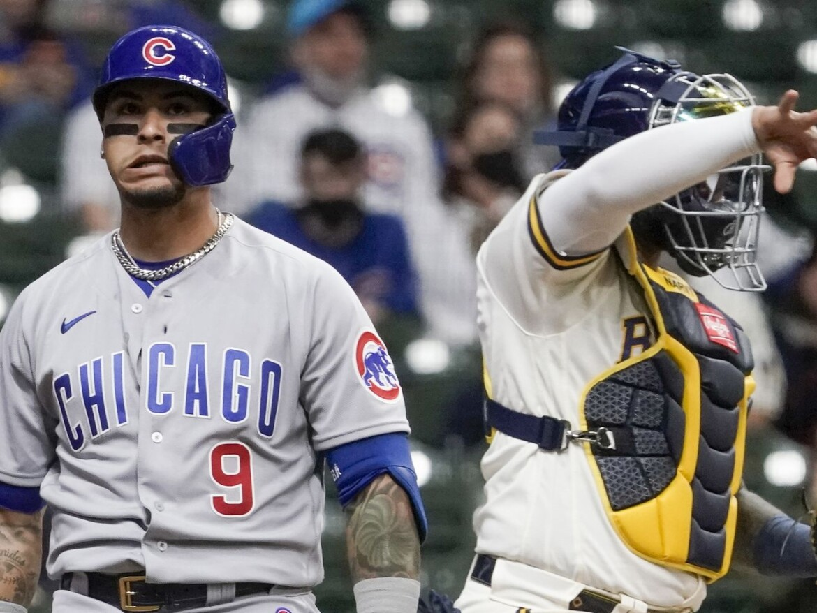 Cubs not ruling out trip to the injured list for Javy Baez