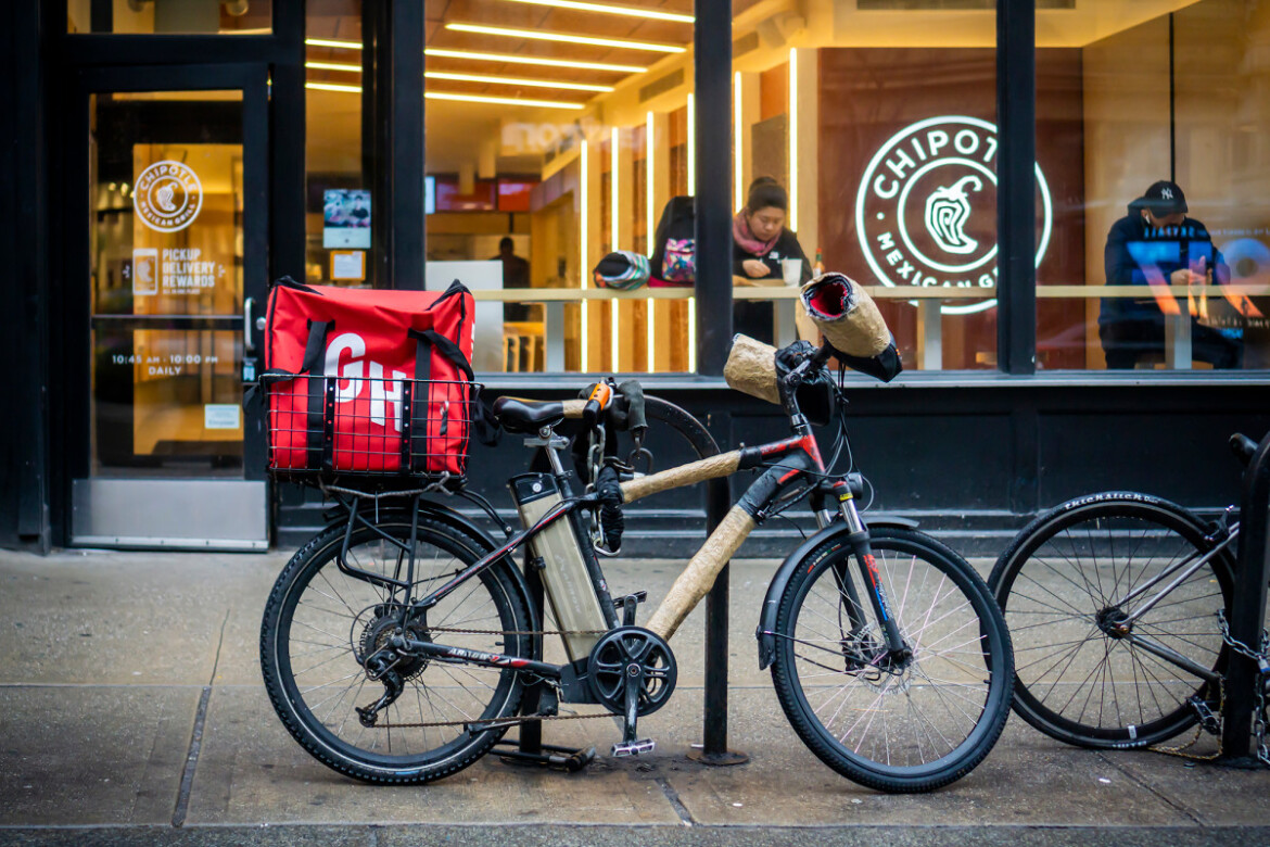 Food delivery apps face multibillion dollar hit as COVID pandemic lifts: study