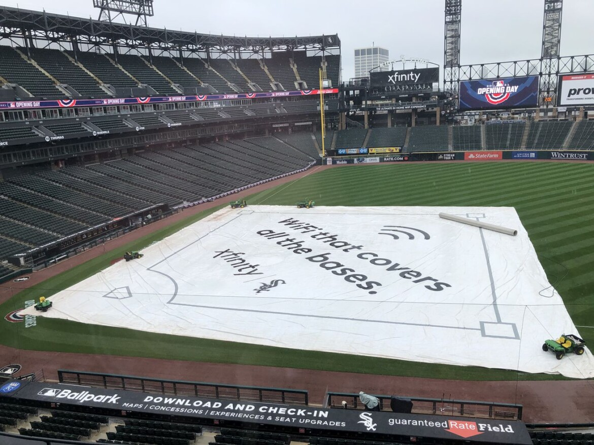 Start of White Sox home opener delayed