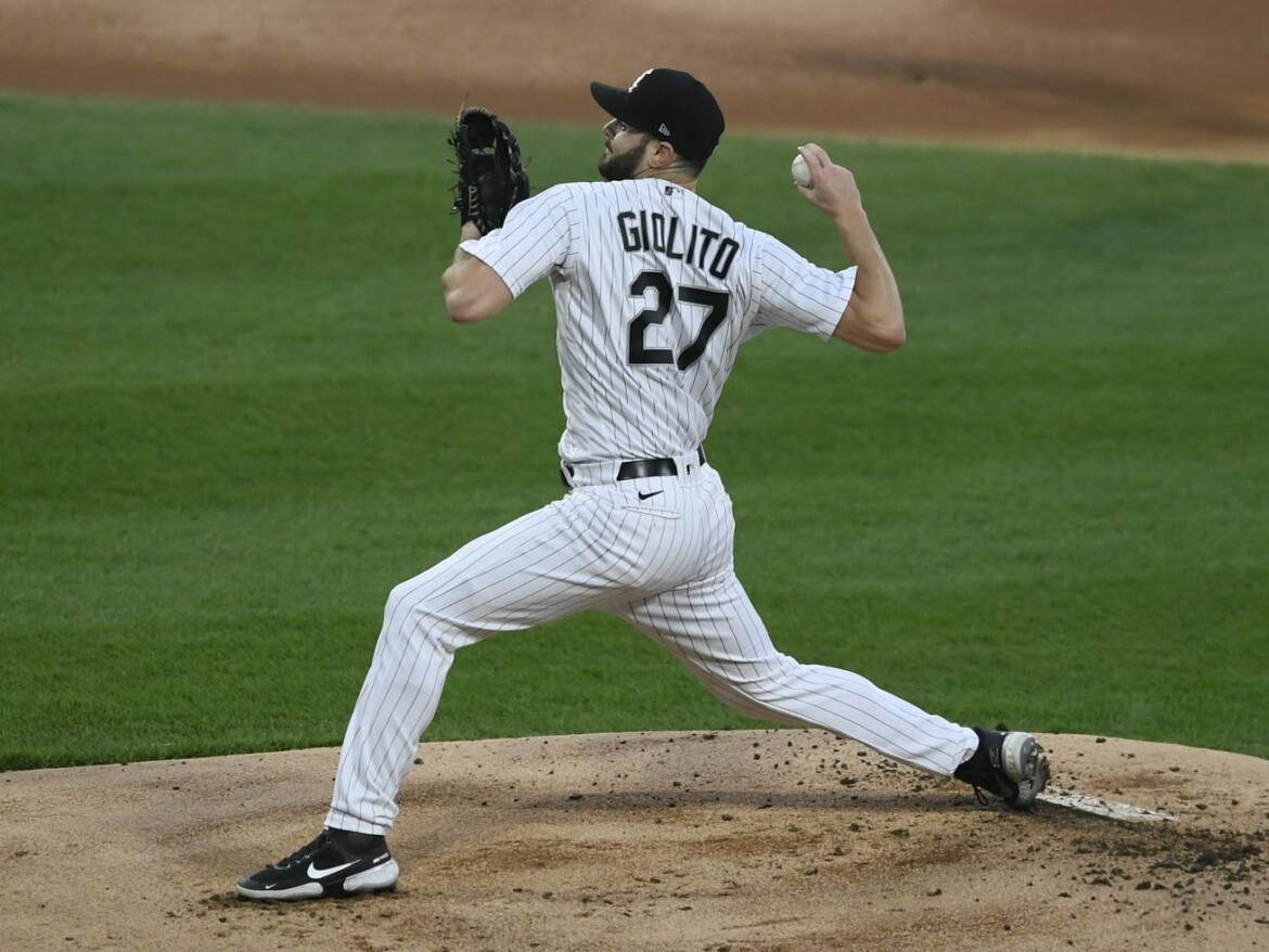 Bieber outlasts Giolito, Indians defeat White Sox 2-0 in 10 innings
