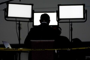 Study finds people want more than watchdogs for journalists