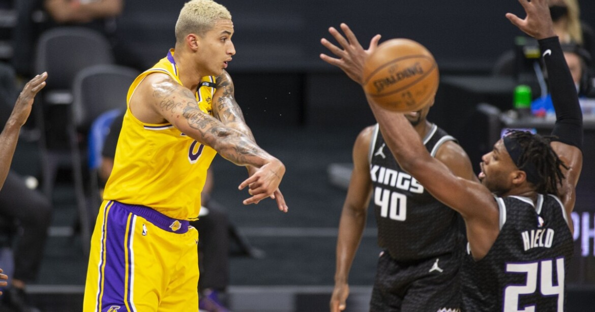 Kyle Kuzma's defense, and 30 points, make a difference in Lakers win