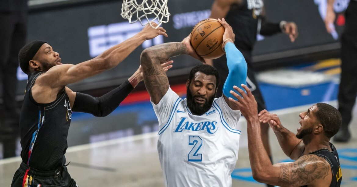 Andre Drummond shows what bully basketball can do for injury-depleted Lakers