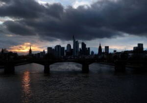 Germany's economic institutes cut GDP 2021 growth forecast to 3.7% – sources