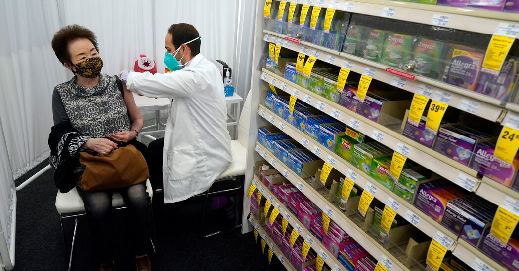 Pharmacies Told to Offer Second Vaccine Doses, No Matter Where First Was Given
