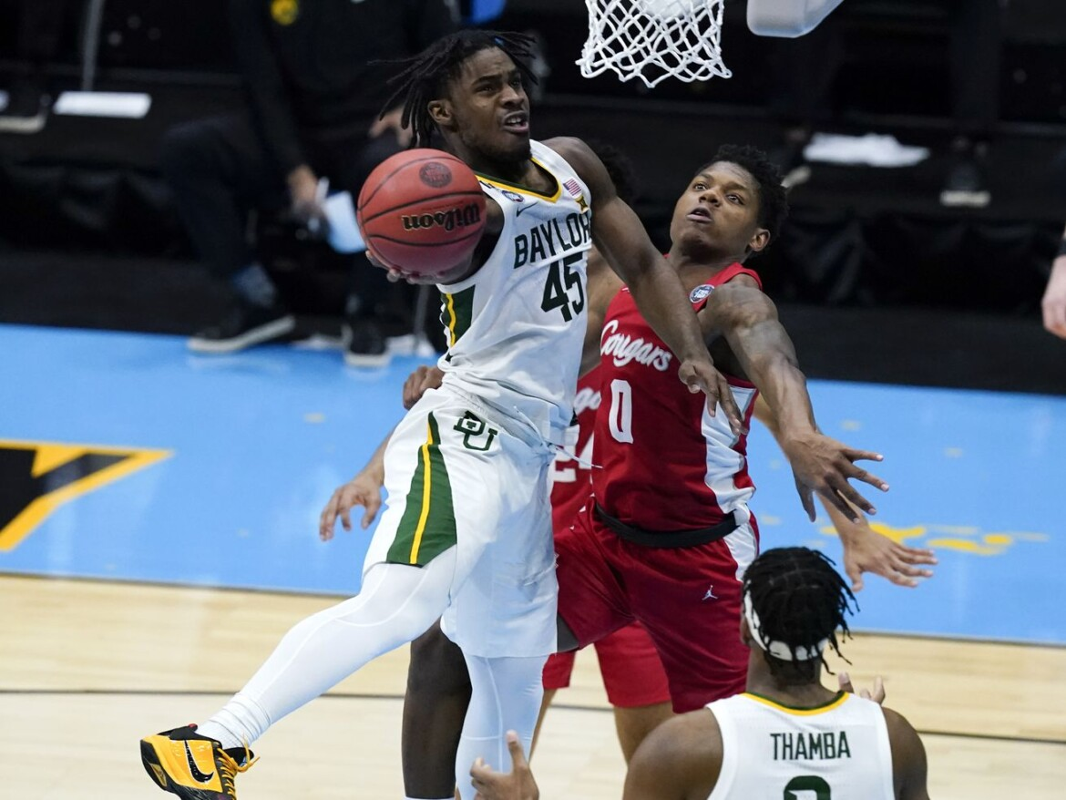 Bearing down: Baylor routs Houston to reach title game