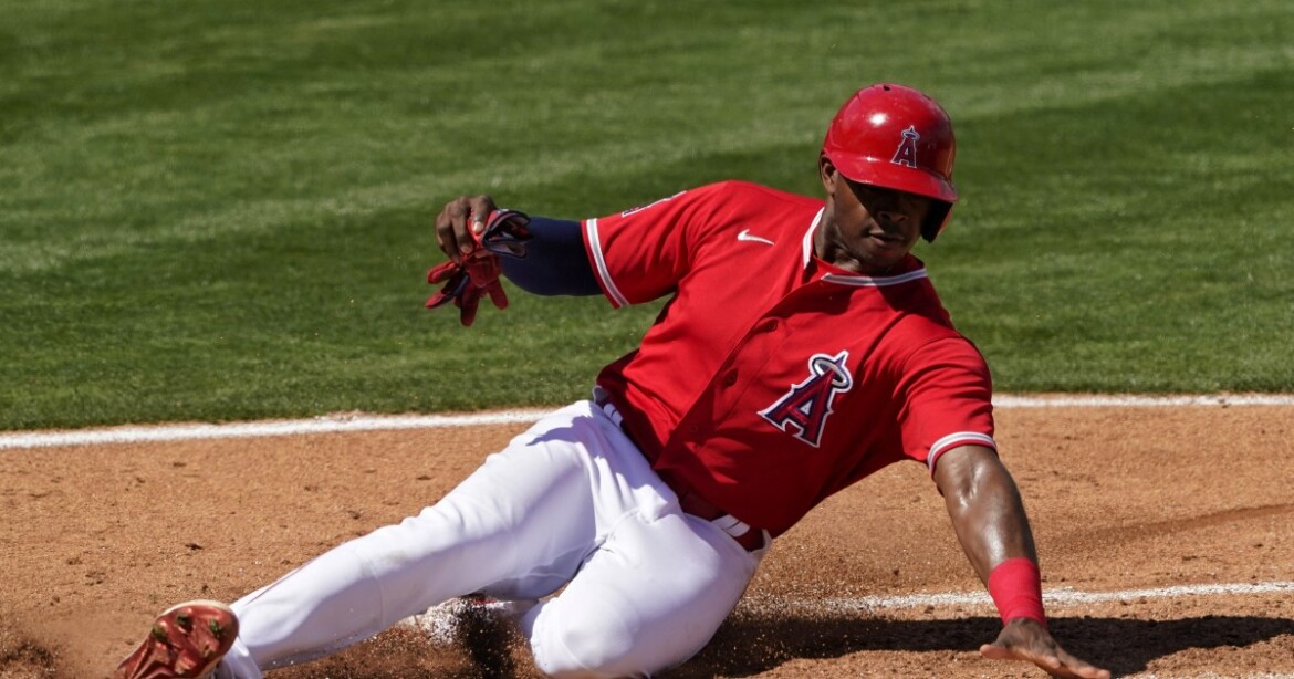 Justin Upton springs into Angels' lineup after bad bed experience