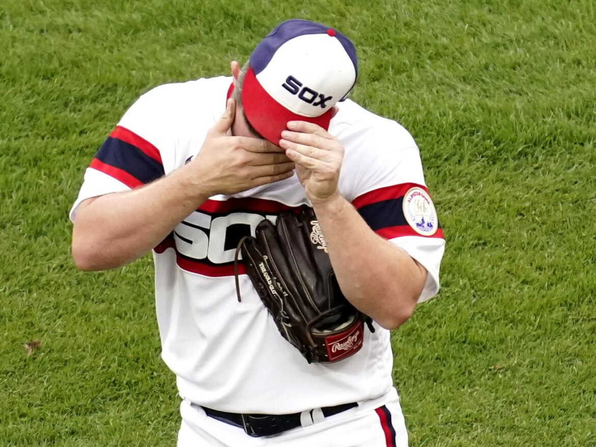Tony La Russa defends bullpen after White Sox relievers struggle in 4-3 loss to Royals