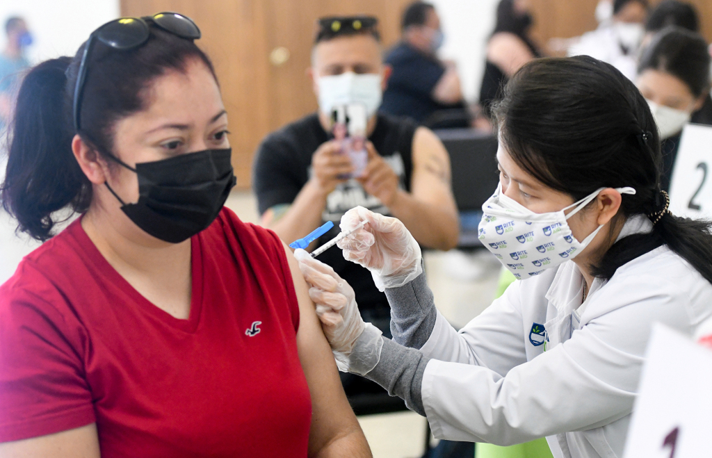 More coronavirus vaccinations available without appointments; LA County numbers still improving