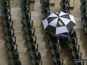 White Sox-Royals game postponed due to inclement weather