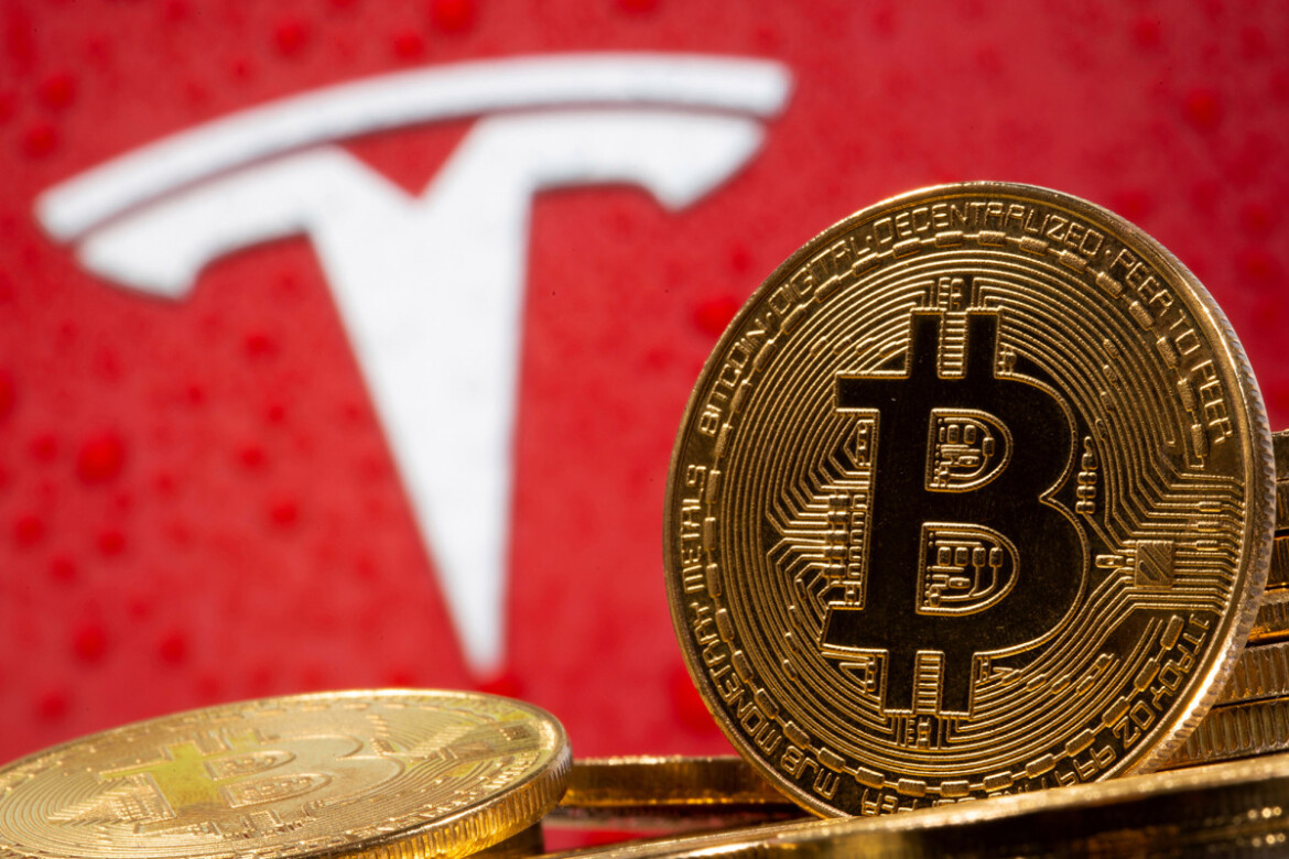 Tesla's bitcoin gambit gave it a $100M boost in the first quarter