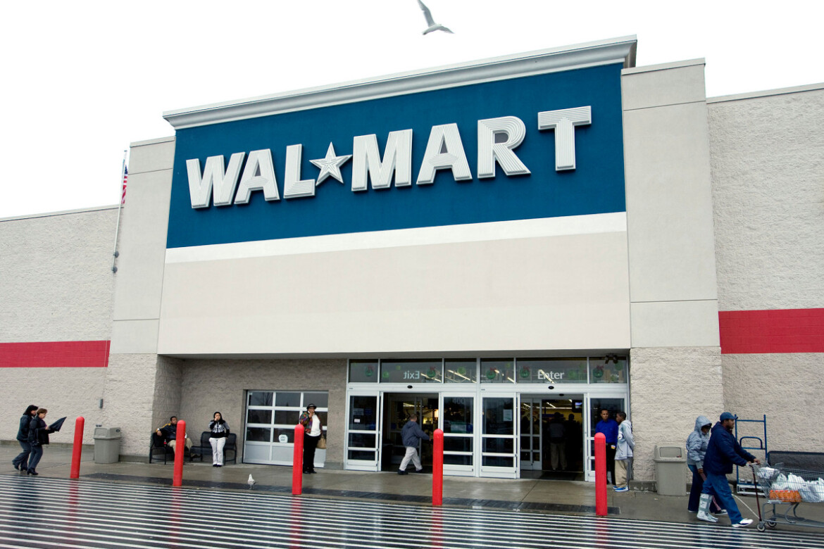 Walmart offers workers full-time employment in bid to retain them