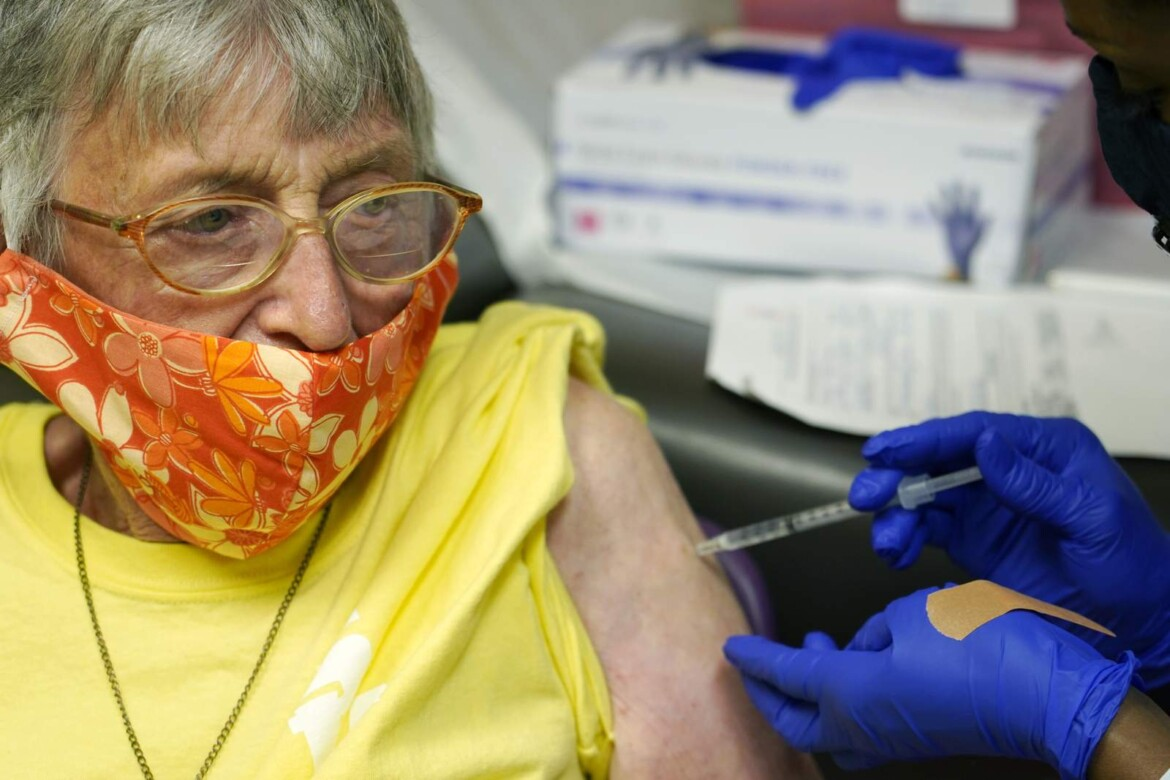 Summoning seniors: White House pushing to vaccinate elderly