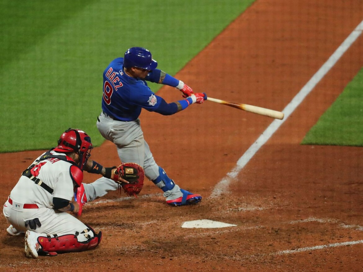 Javy Baez's two-run blast in 10th lifts Cubs to series victory over Cardinals