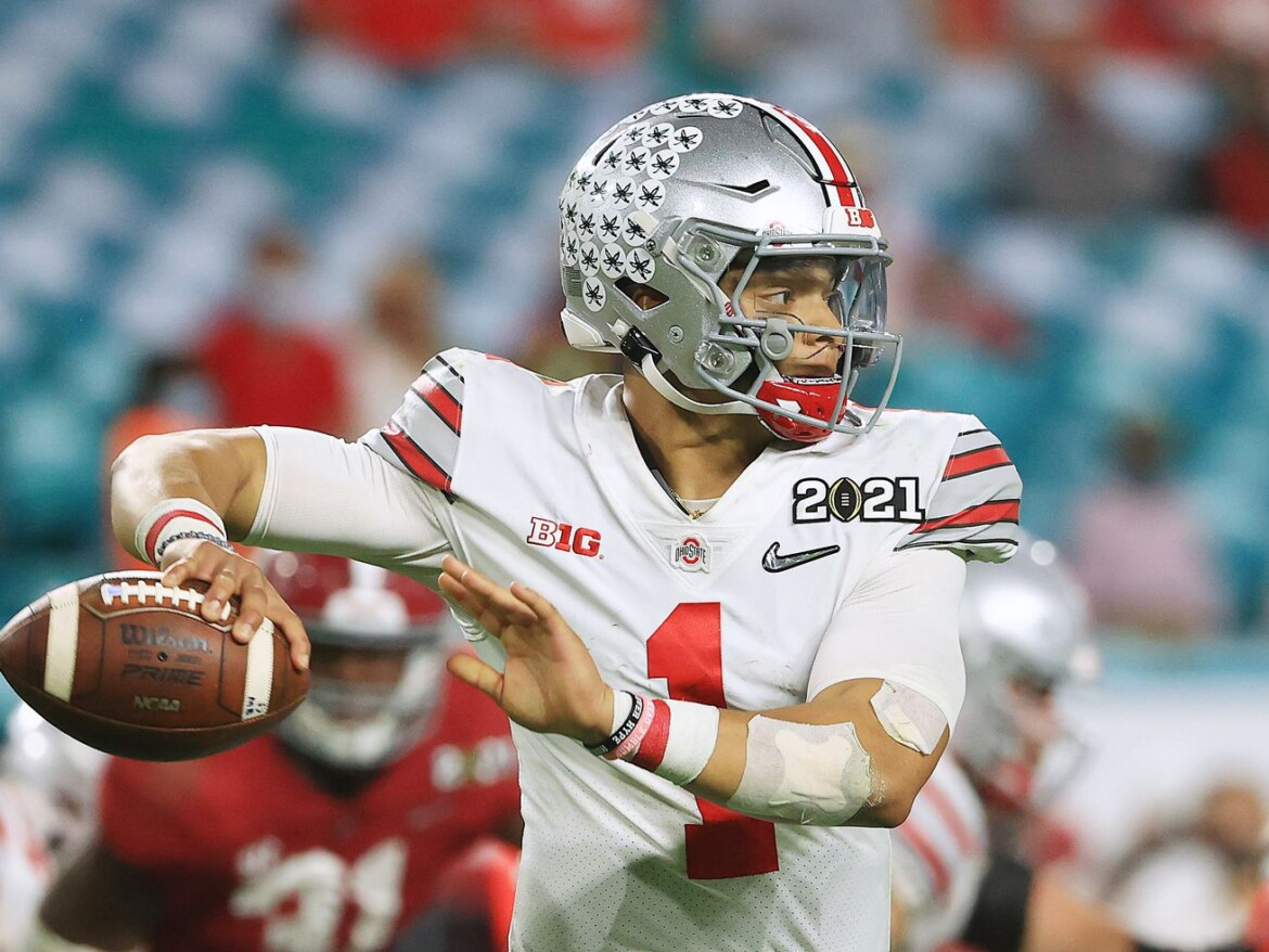 Bears Draft Review: When will Justin Fields play?