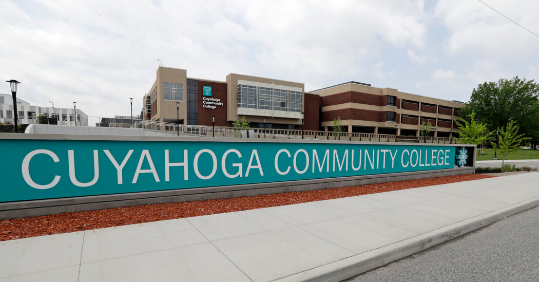 Biden to Pitch Spending Plans at Ohio Community College