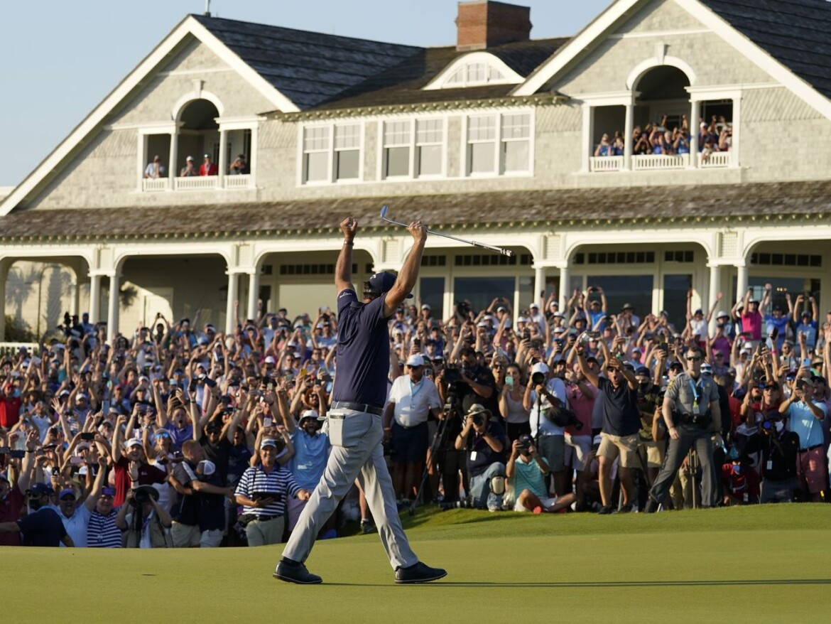 Phil Mickelson wins PGA Championship, becoming oldest player to win a major