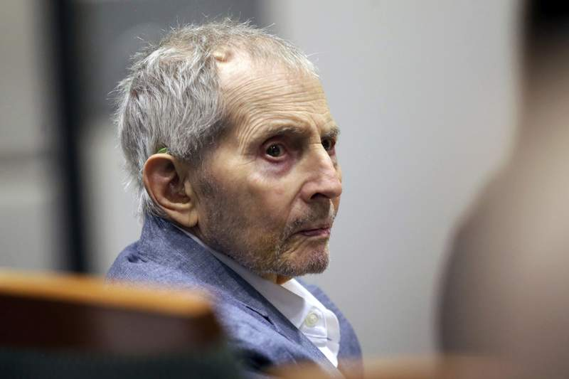 Juror removed from Durst's murder trial for reading news