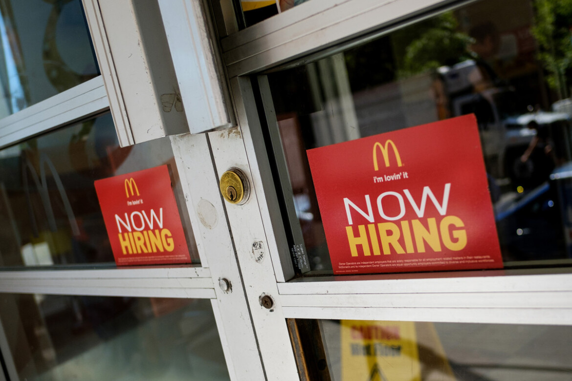 Worker shortage threatening to derail US economic recovery: experts