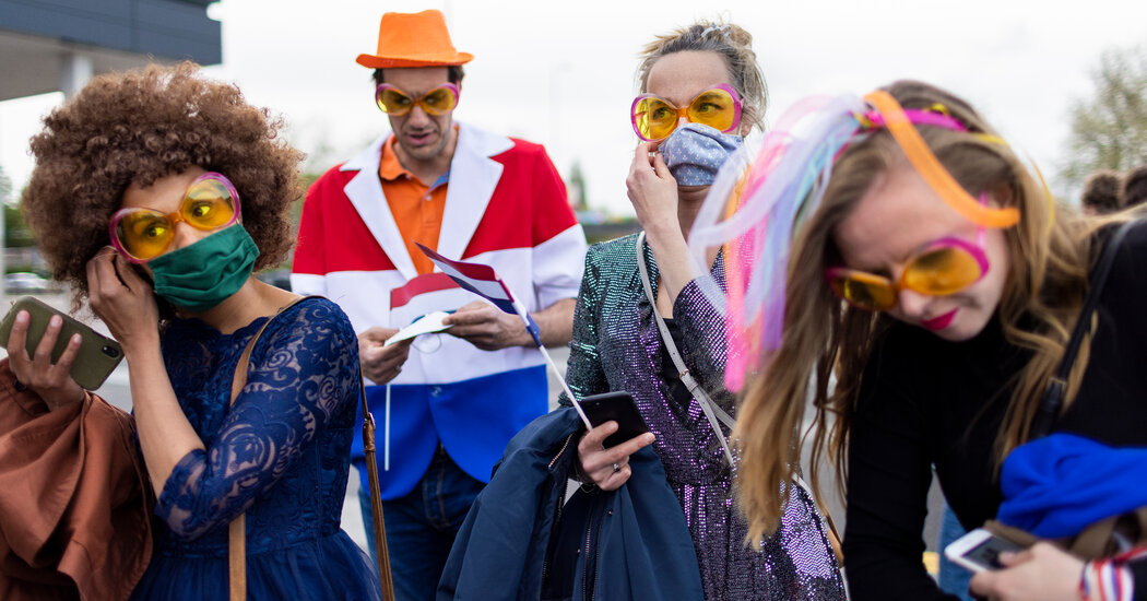 Fans Arrive for Eurovision Grand Final