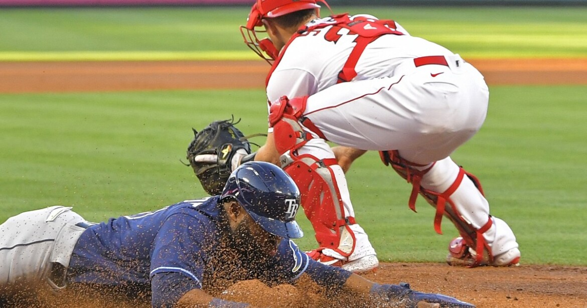 Angels commit four errors in sloppy loss to Rays