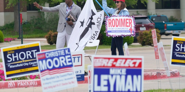 Democrats hoping to flip Texas House seat fall short amid low turnout: 'Pretty bad'