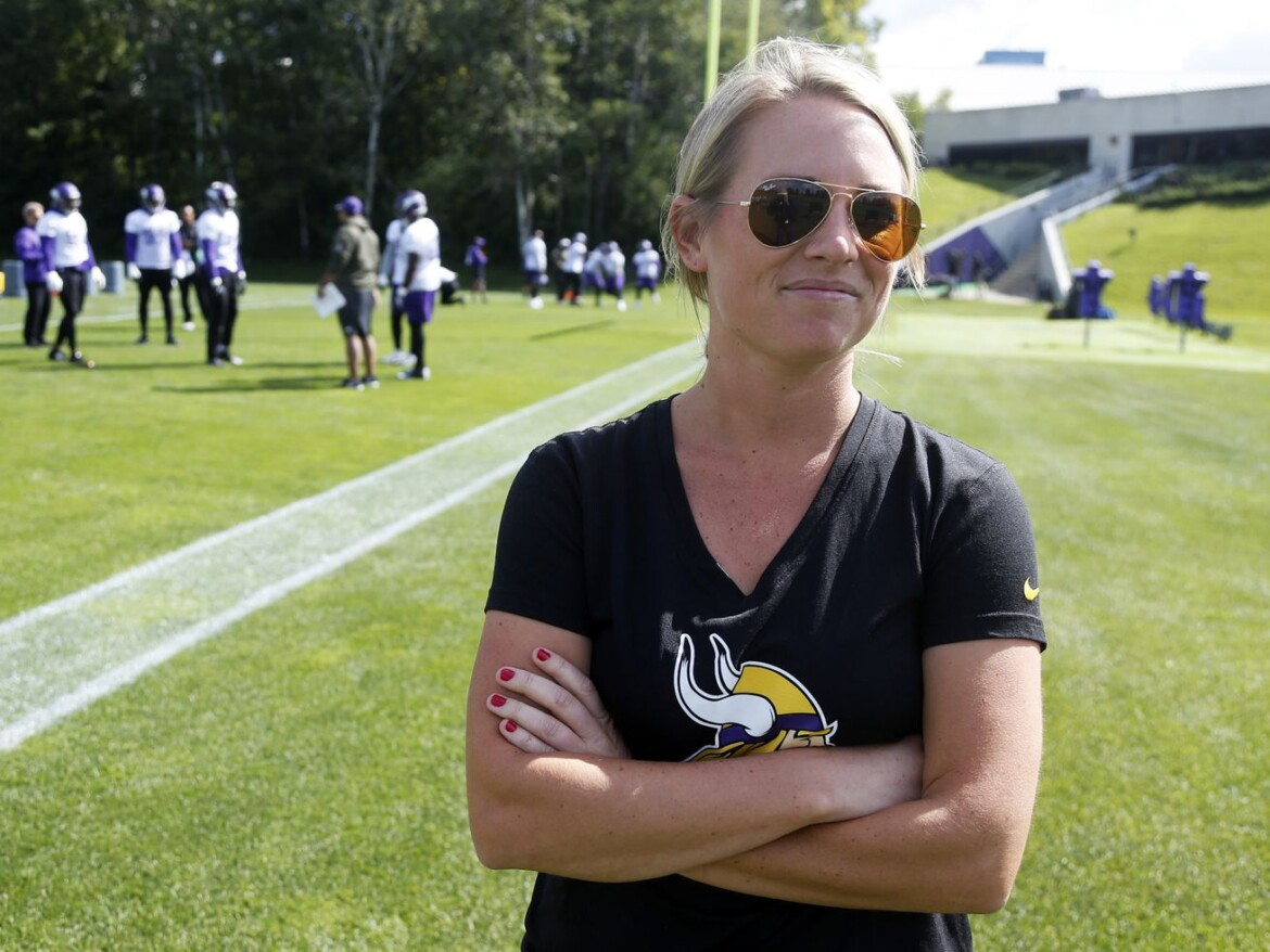 Broncos' Kelly Kleine becomes NFL's highest-ranking female scouting executive