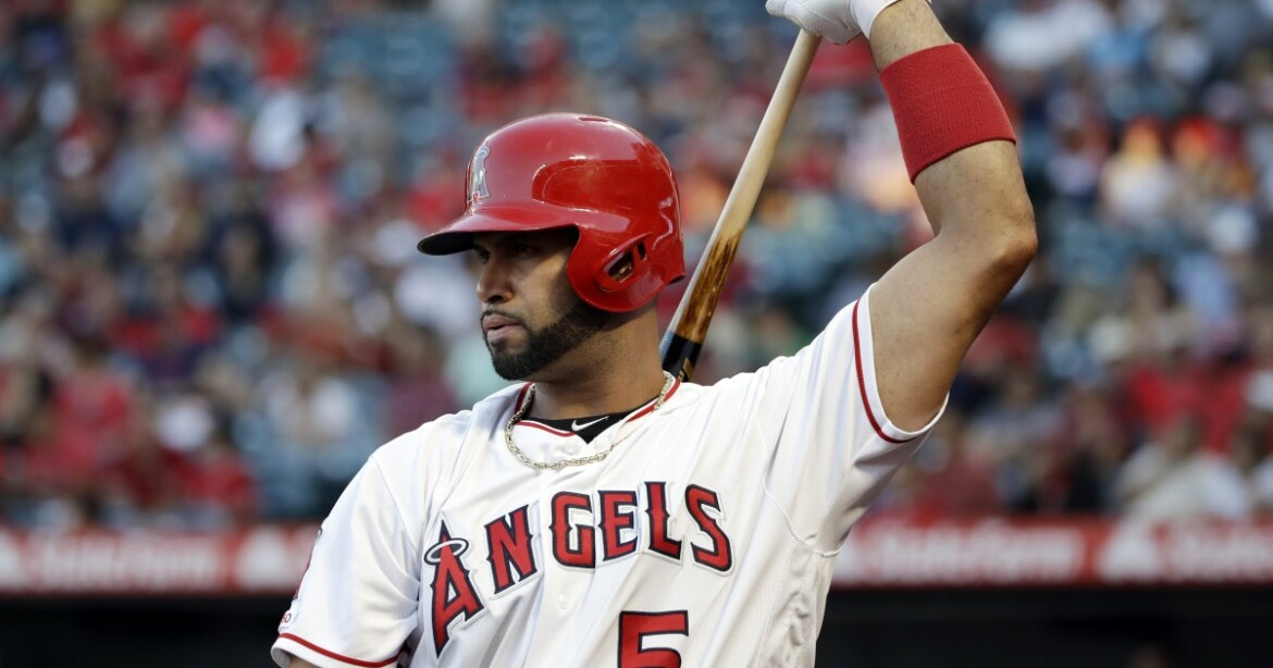 Albert Pujols clears waivers, becomes a free agent