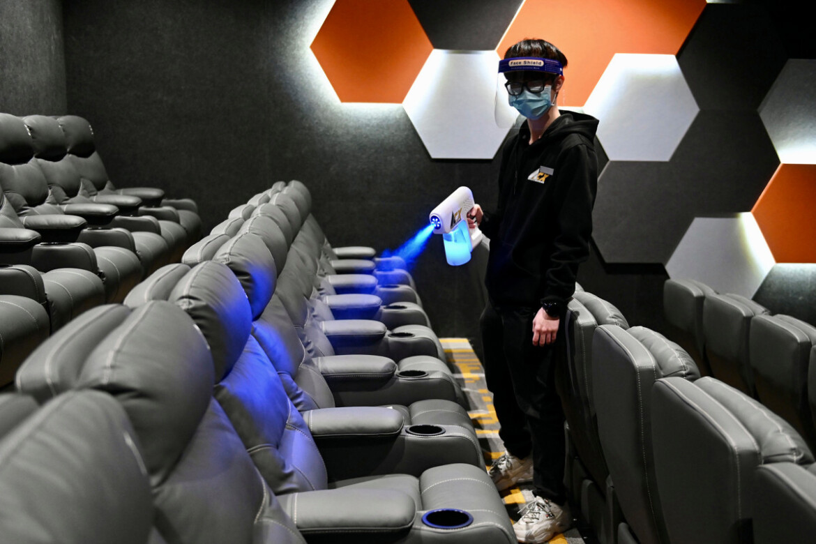 Cinemas keep disinfecting even though they don't have to anymore