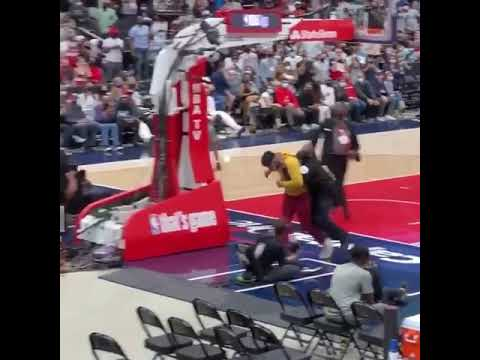 A fan attempted to run onto the court at the Sixers-Wizards game #Shorts