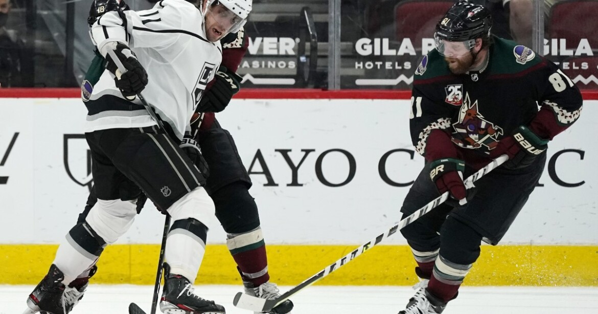 Anze Kopitar reaches 999 career points, Kings beat Coyotes
