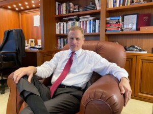 Fed's Kaplan wants taper talk 'sooner rather than later'