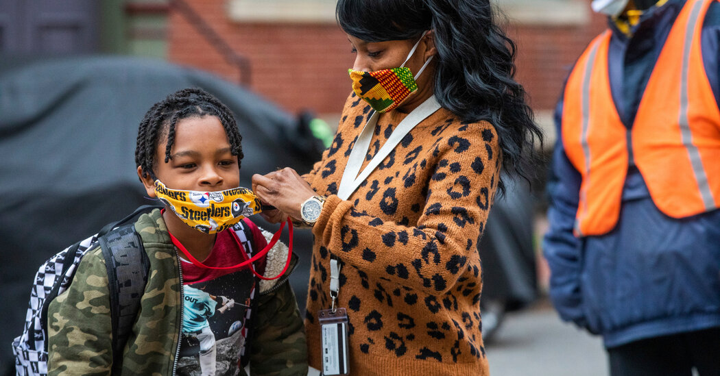 C.D.C.: Schools in the U.S. Should Continue to Use Masks