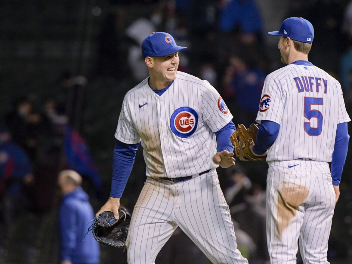 Cubs cleared for rare Friday night game