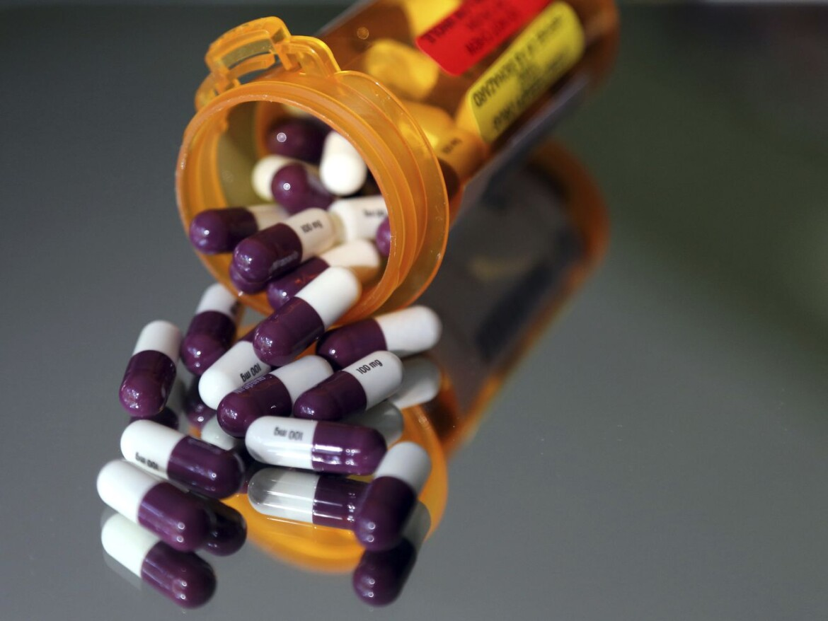 Democrats must find narrow path to curb high medicine prices