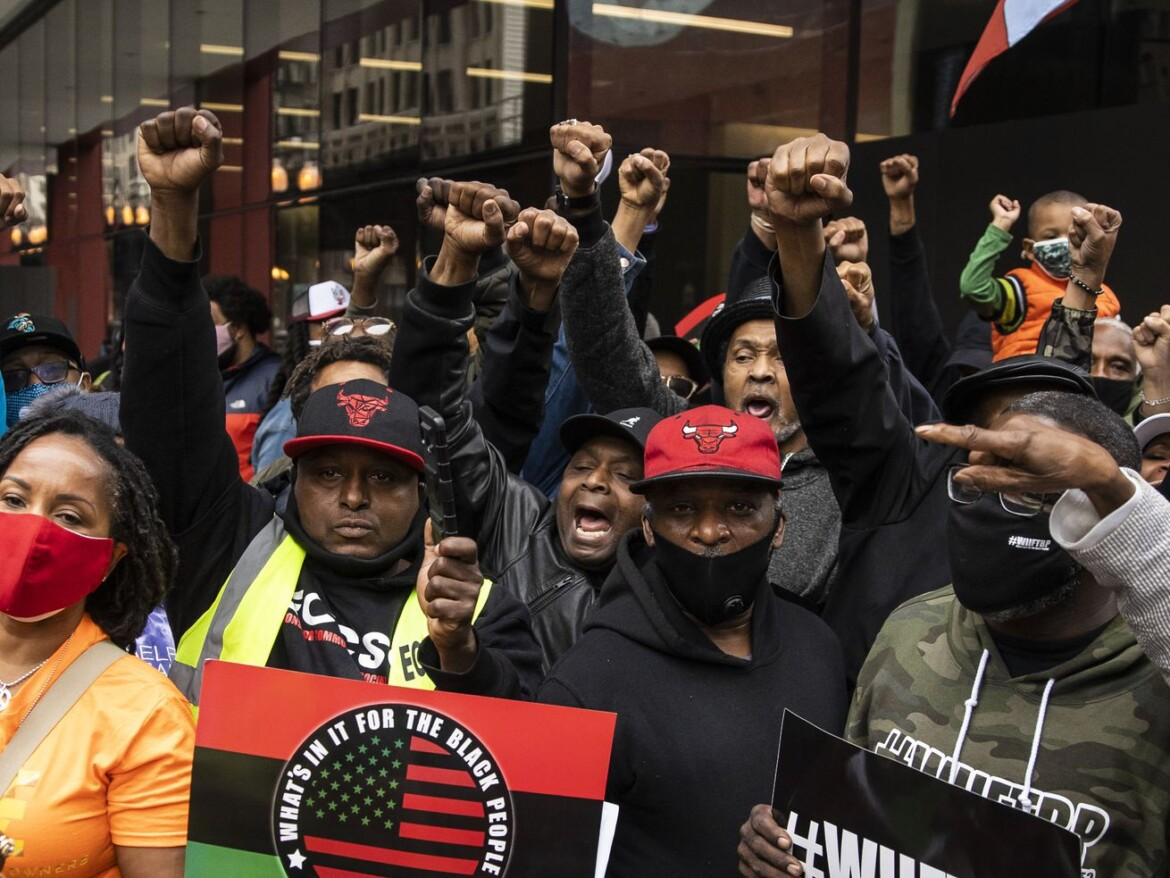 Black activists march on CHA headquarters