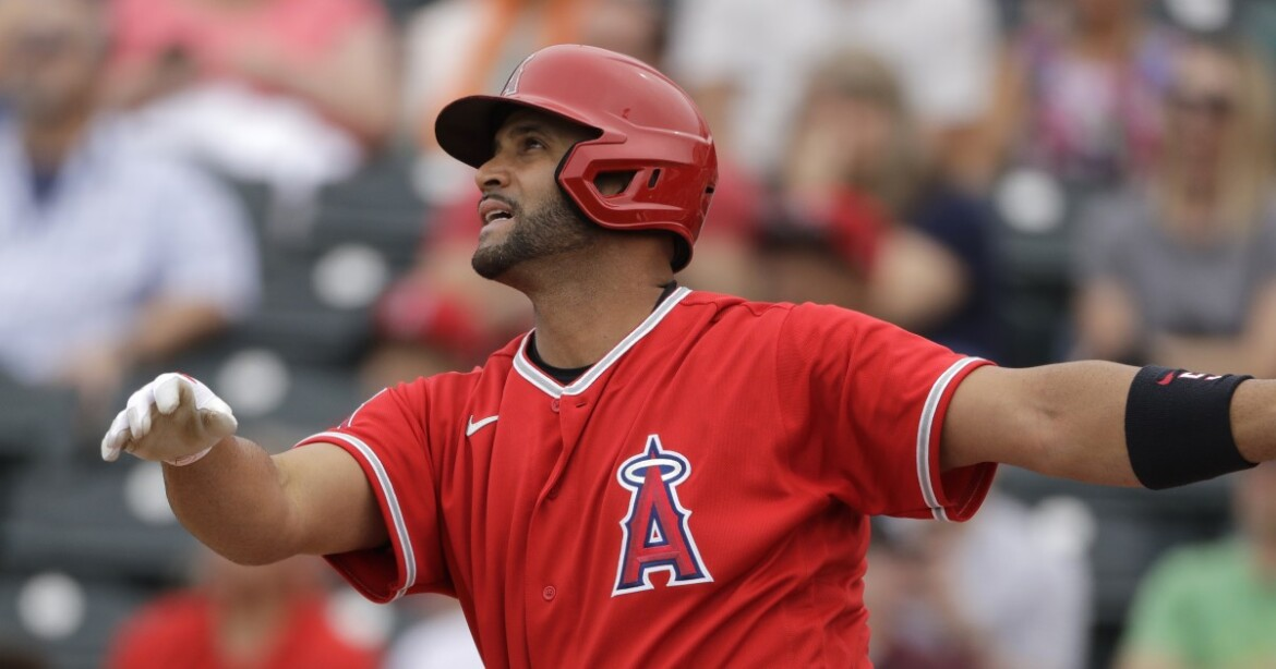 Plaschke: Who are the Dodgers really getting in Albert Pujols? He needs to prove himself