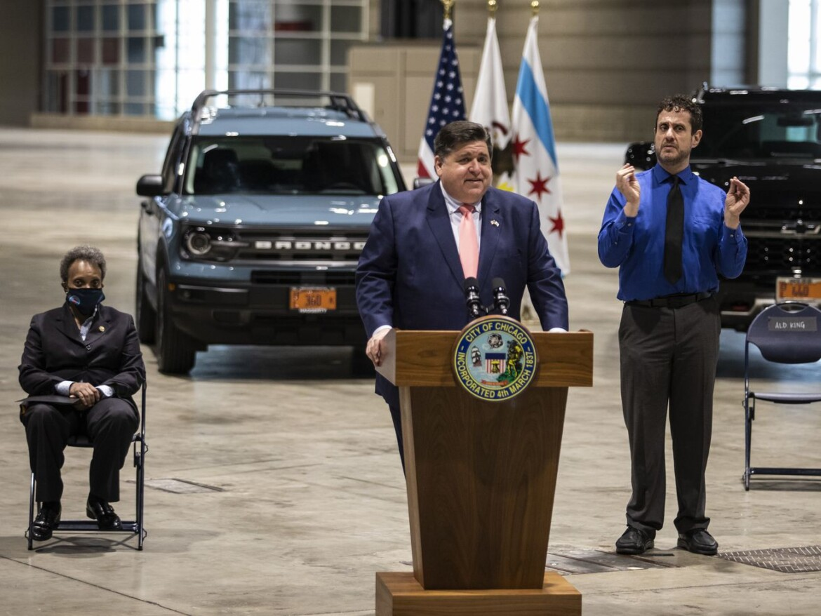 Just five weeks to reopening? Or two months? Pritzker and Lightfoot at odds, yet again, on COVID-19 restrictions