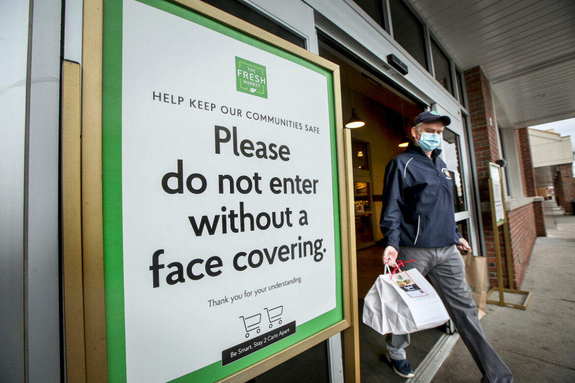 Retailers stuck in the middle of CDC's 'confusing' new mask policy